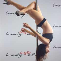 LSD Lady's Dance Club - Pole dance